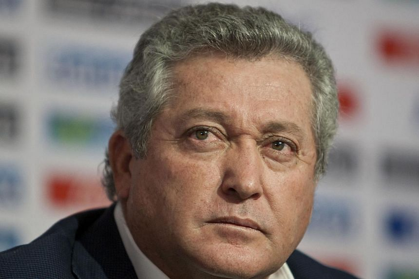 Mexico coach Victor Manuel Vucetich (above) said on Thursday, Oct 17, 2013, that he has been fired after just two games at the helm of the team's dismal World Cup qualifying campaign. -- FILE PHOTO: AP