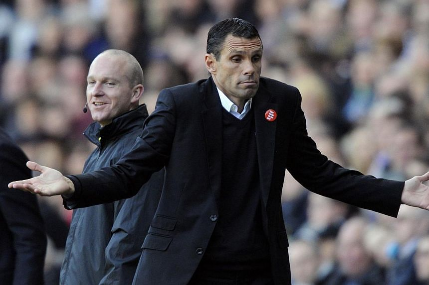 Sunderland's manager Gus Poyet reacts during their English Premier League football match against Swansea City at the Liberty Stadium in Swansea, Wales, Oct 19, 2013. -- PHOTO: REUTERS