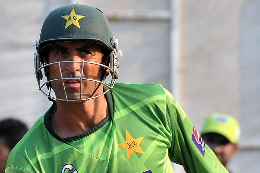 """Experienced Pakistan batsman Younis Khan (above) on Monday, Oct 21, 2013, described his expulsion from the one-day cricket side as """"shocking"""" but vowed to end his limited overs career on a high. -- FILE PHOTO: AFP"""