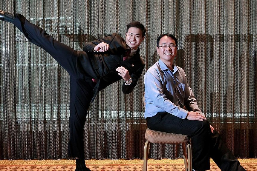 Audric Ping (left) with his lecturer Kenny Tan. Yesterday, the 18-year-old ITE student won the inaugural National Young Leader Award.