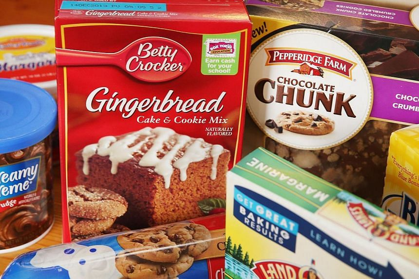 Food items which contain trans fat are shown in Chicago, Illinois, on Nov 7, 2013, the same day the United States Food and Drug Administration proposed a rule change that would eliminate trans fat from all processed foods. -- PHOTO: AFP