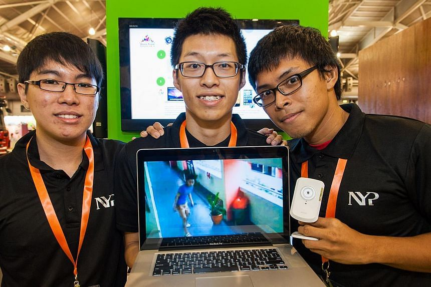 Student winners at the SAFE Exhibition on Saturday, Nov 9, 2013. Second Minister for Home Affairs and Trade & Industry, Mr S Iswaran, was the guest-of-honor at the event. -- PHOTO:MINISTRY OF HOME AFFAIRS