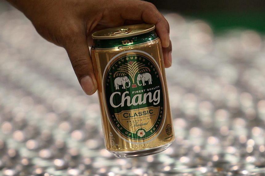 Earnings fell for Singapore-listed drinks company Thai Beverage for the third quarter by 74.5 per cent to 4.08 billion baht (S$161.1 million). -- FILE PHOTO: BLOOMBERG