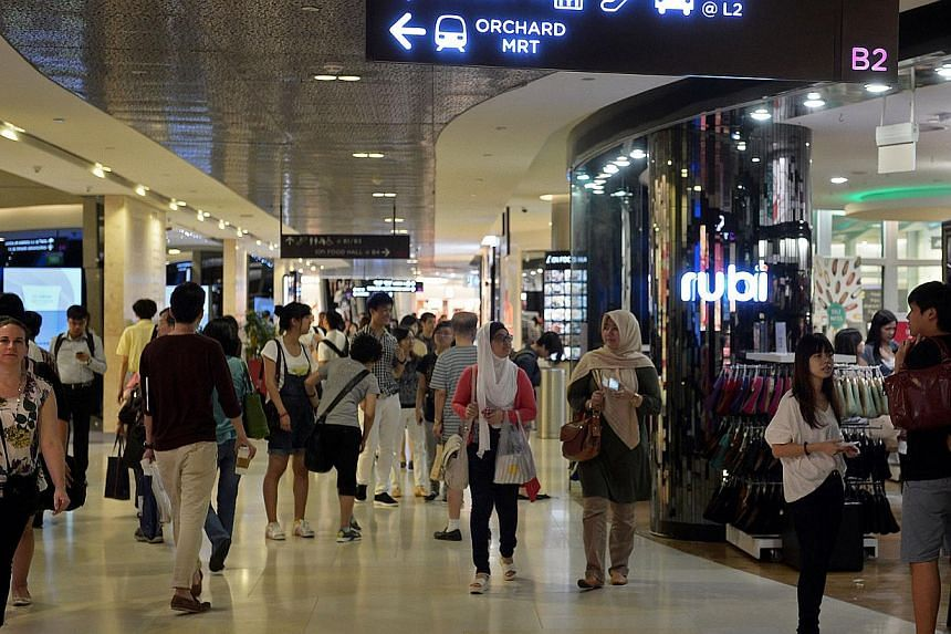 Foreign visitors and Singapore residents returning from overseas are reminded to pay Goods and Service Tax (GST) when bringing in goods that exceed their GST relief. -- ST FILE PHOTO: RAJ NADARAJAN