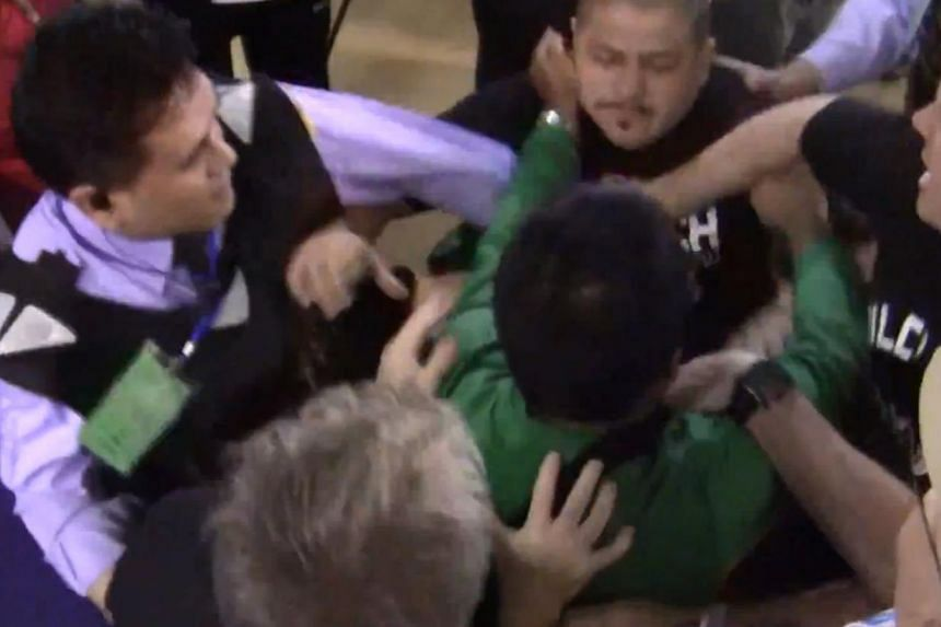 Footage from the bust-up showed an angry, expletive-laden row followed by Rios' conditioning coach Alex Ariza kicking Roach in the chest as the veteran trainer steps towards him. -- PHOTO: SCREEN CAPTURE FROM VIDEO