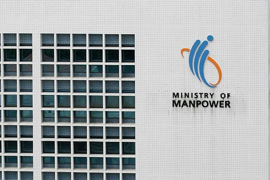 Ministry of Manpower (MOM) has banned 15 companies from hiring new foreign workers for six months after they were caught placing discriminatory job advertisements. The 15, which include 11 employment agencies, were also ordered to put up online apolo