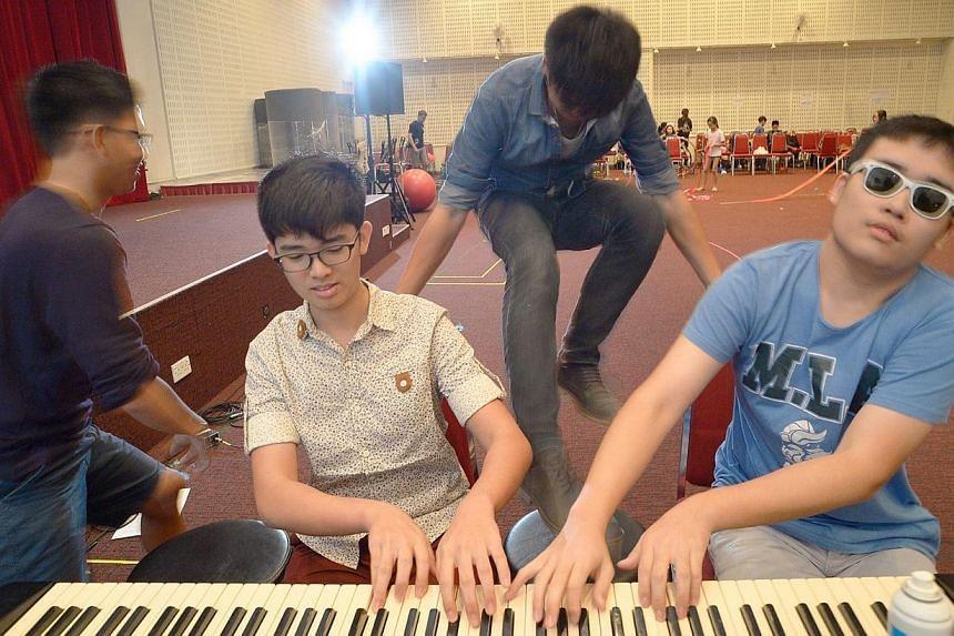 They are set to tickle your funny bones in their comedic routine involving one piano and 8 hands. Animato Quad is made up of members Marc Neo, 15, Luke Wong, 16, Jonathan Tan, 17 and Shawn Loh, 16, who will be playing Galop Marche by Albert Lavignac.