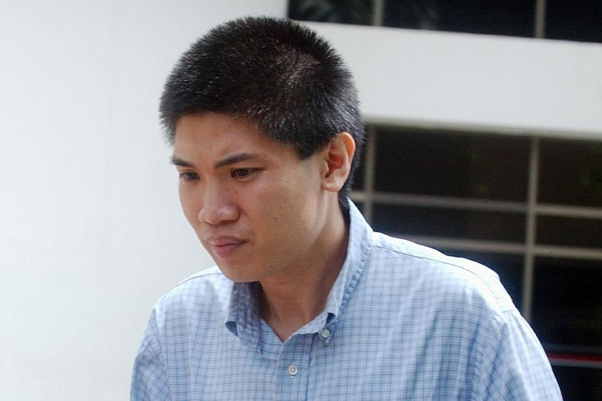 On Tuesday, Dec 3, 2013,Colin Mak Yew Loong (above)pleaded guilty and was convicted for criminal intimidation, harassment, criminal trespass and theft. He admitted to sending 31 threatening e-mail messages to Ms Ramm, 29, and her boyfrien