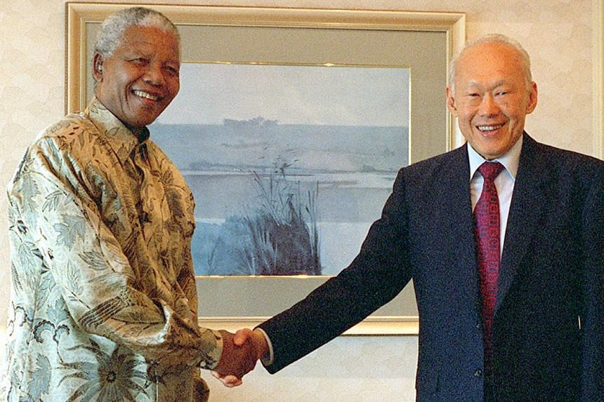 "Singapore's founding prime minister Lee Kuan Yew paid tribute to Nelson Mandela in a condolence letter to his widow on Friday, Dec 6, 2013, calling him ""an inspiration to an entire generation"". -- FILE PHOTO: MITA"