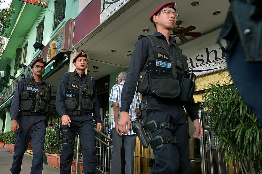 Police Special Operations Command doing their rounds of patrolling Little India as security is stepped up after Sunday's rioting in Little India. The police in a press conference on Tuesday evening gave a chronological breakdown of what happened