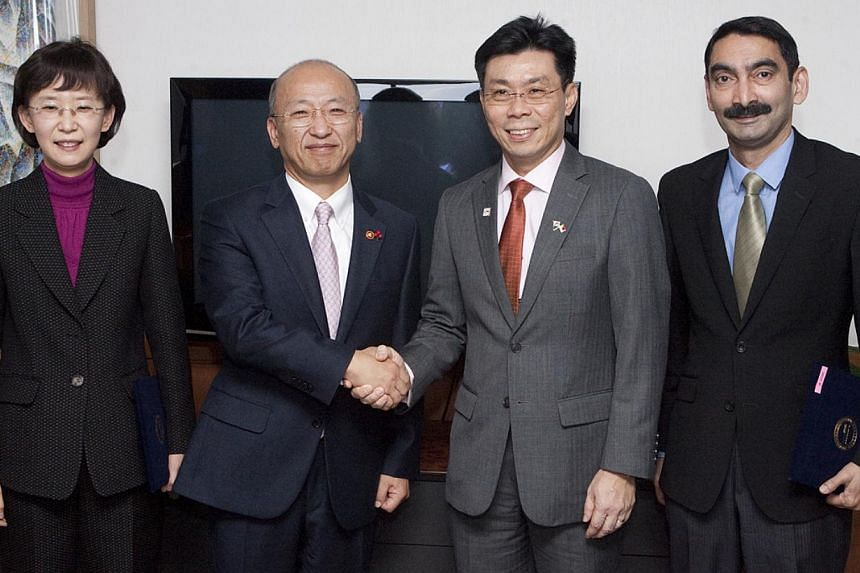 (From left) Korea Health Industry Development Institute president Ko Kyung Hwa, Korean Health & Welfare Minister Moon Hyung Pyo, Senior Minister of State for Trade & Industry Lee Yi Shyan and Agency of Science, Technology and Research managin