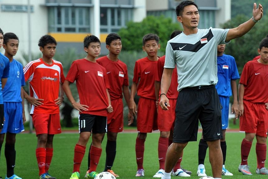 Former Lions skipper Nazri Nasir working with the national U-15 football team at the Singapore Sports School on 14 March, 2012.Team mates when Singapore won a Malaysian league and cup Double in 1994, Fandi Ahmad and Nazri Nasir will join forces
