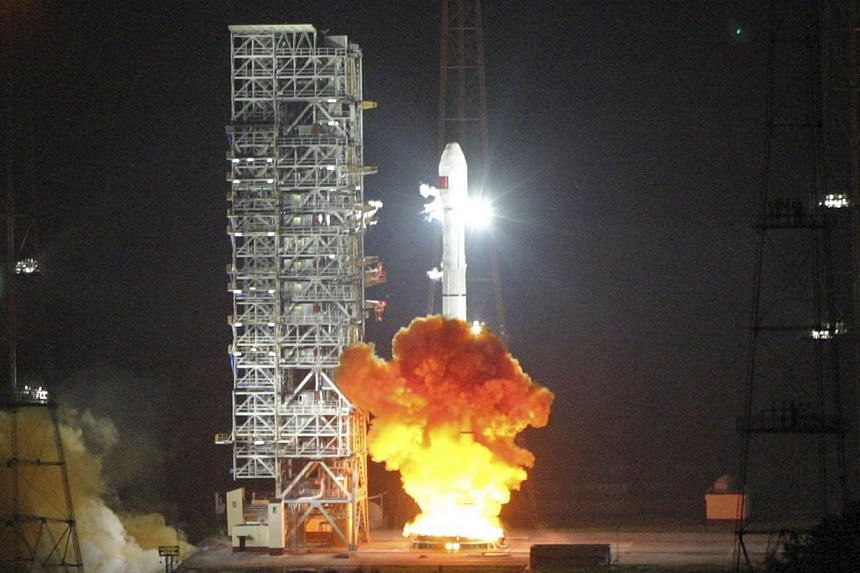 Long March 3C, carrying the 6th Beidou navigational satellite, lifts off from the launch pad at the Xichang Satellite Launch Center, Sichuan province, on Nov 1, 2010. China's homegrown satellite navigation system will bring untold economic, social an