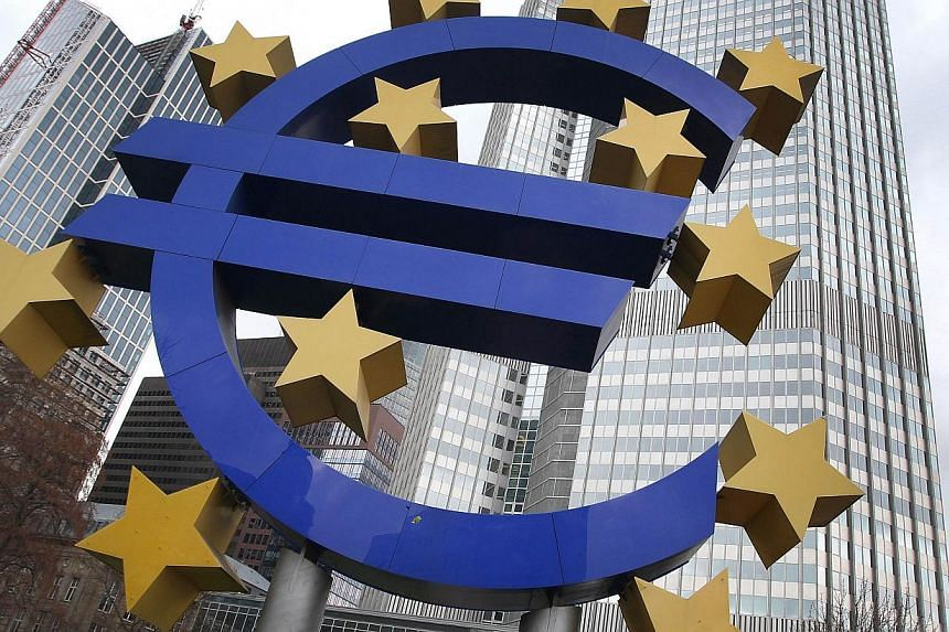 The euro logo is seen in front of the European Central Bank (ECB) in Frankfurt/Main, Germany, on Dec 5, 2013.The eurozone is finally set to return to growth in 2014 but the single currency bloc may not have put its crisis behind it as efforts t