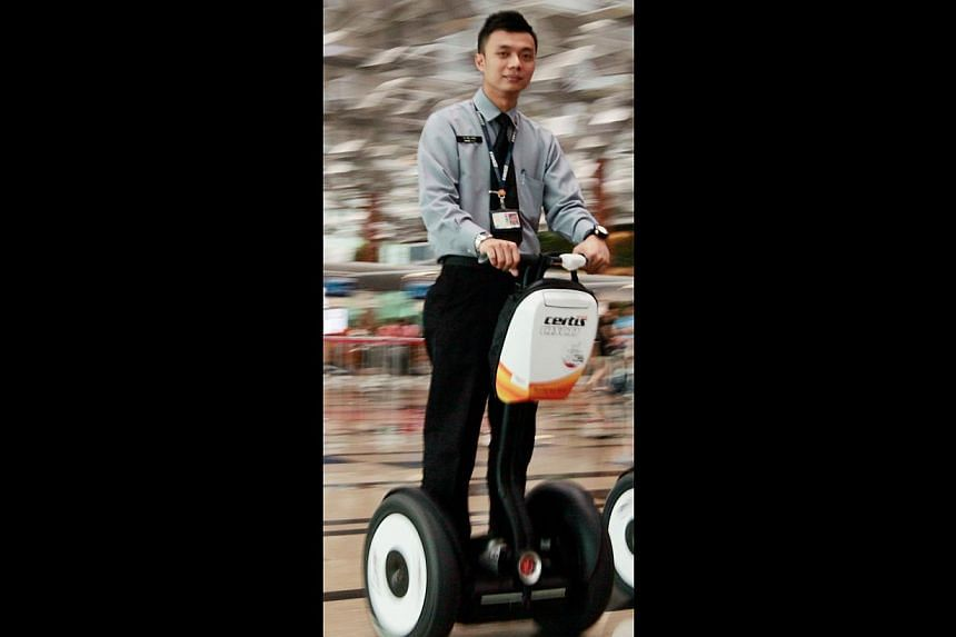 The URA has not said what type of mobile transporters it is considering for the Marina Bay tour. Models which are currently available here include the Segway (above) and the EcoRider. -- PHOTO: JASON QUAH