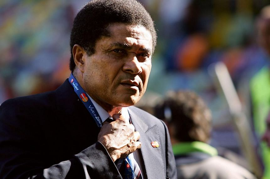 Football legend and former Portugal's national team player Eusebio da Silva Ferreira, more commonly known as Eusebio, at the Jose Alvalade stadium in Lisbon, onJune 20, 2004. -- FILE PHOTO: AFP