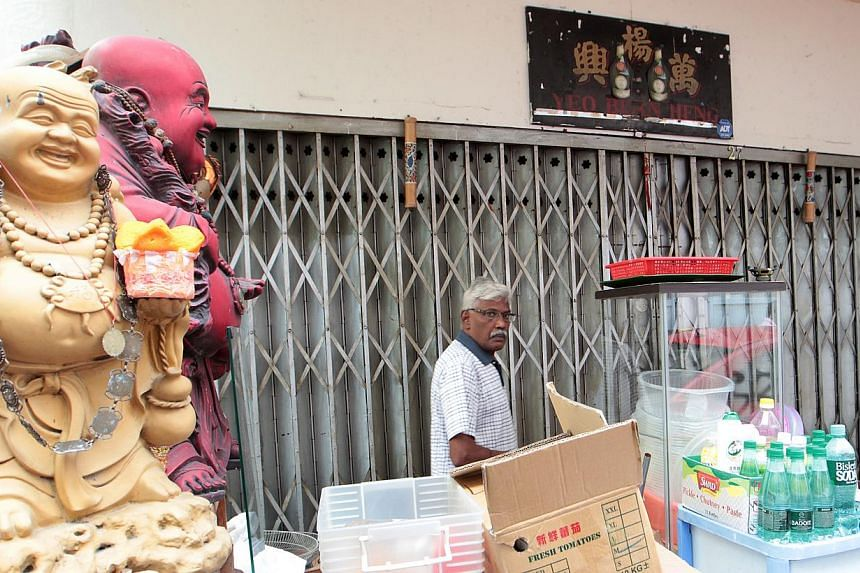 The police are taking to task the owner of yet another Little India liquor shop, which allegedly sold alcohol after restricted hours. -- ST FILE PHOTO: NEO XIAOBIN