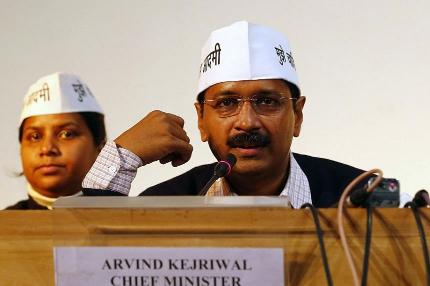 India's corruption fighter and newly elected chief minister Arvind Kejriwal announced a graft hotline on Wednesday aimed at stopping wrongdoing by bureaucrats. -- FILE PHOTO:REUTERS