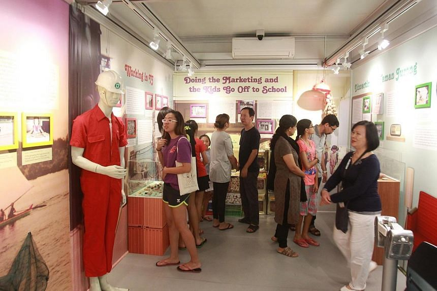 Our Museum @ Taman Jurong celebrated its first anniversary on Sunday with an open house for hundreds of residents. -- PHOTO:ZAO BAO