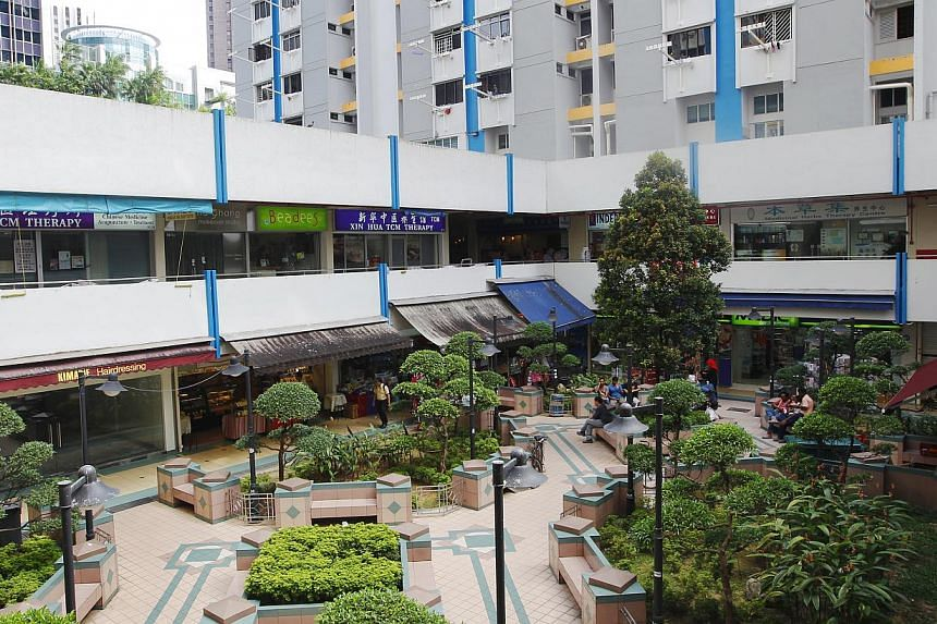About a quarter of the Housing Board shops were found in breach of guidelines on displaying goods outside, in a recent joint check by the HDB, Singapore Civil Defence Force, National Environment Agency and local town councils. -- ST FILE PHOTO:
