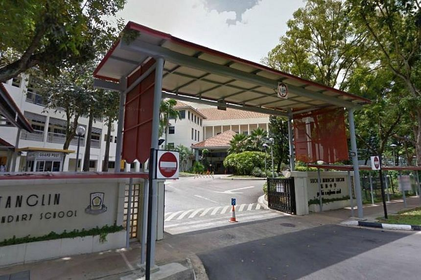 Tanglin Secondary School. A 16-year-old Tanglin Secondary student collapsed and died after a physical education lesson in his school on Monday morning. -- PHOTO: GOOGLE MAPS