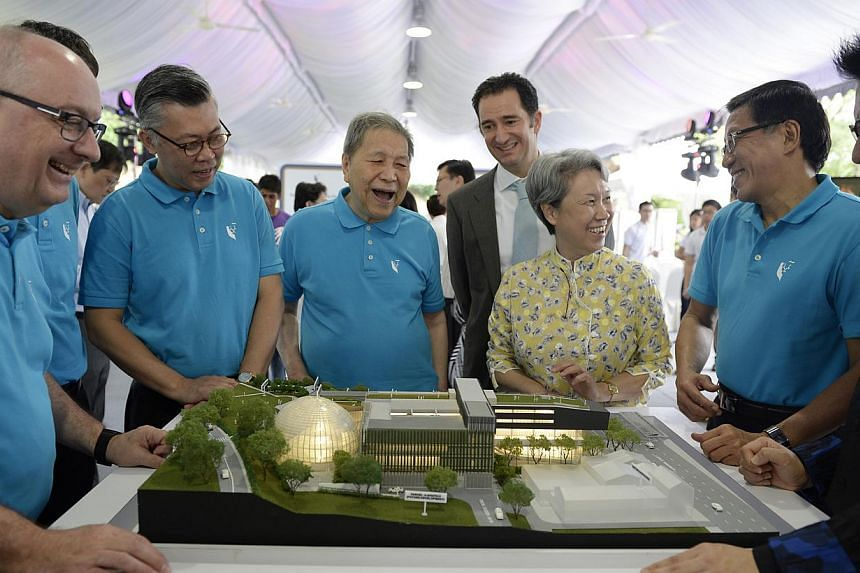 (From left) SMU president, Professor Arnoud De Meyer; Attorney-General Mr Steven Chong SC; Chancellor Yong Pung How; Jonathan Marshall, son of the late David Marshall, Ms Ho Ching; Chairman of the Board of Trustees, Mr Ho Kwon Ping, architect S
