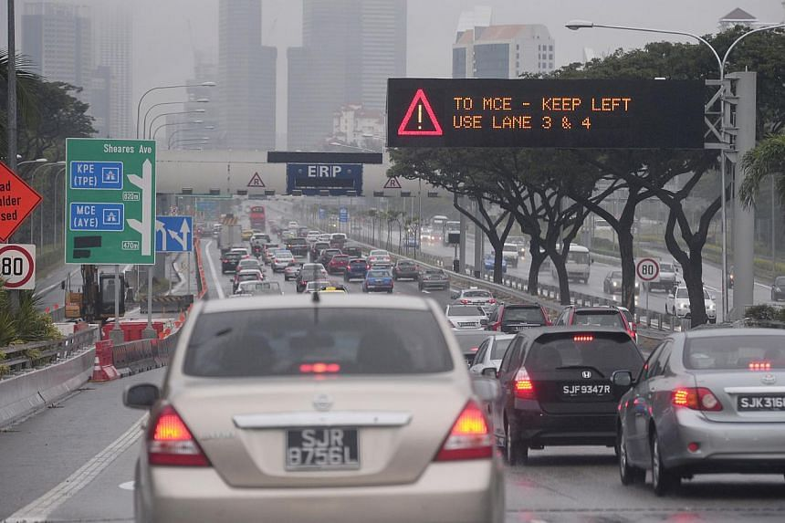 More could have been done to help motorists familiarise themselves with the new road network when the Marina Coastal Expressway (MCE) opened, said Transport Minister Lui Tuck Yew in Parliament on Monday. -- ST FILE PHOTO: MARK CHEONG