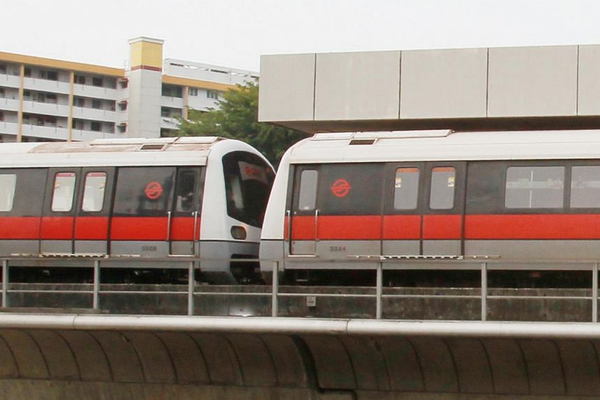 About 19,000 commuters were affected by the peak-hour delay due to a train fault which occurred on the North-South line on Morning morning. said train operator SMRT at a briefing.-- PHOTO: SHIN MIN