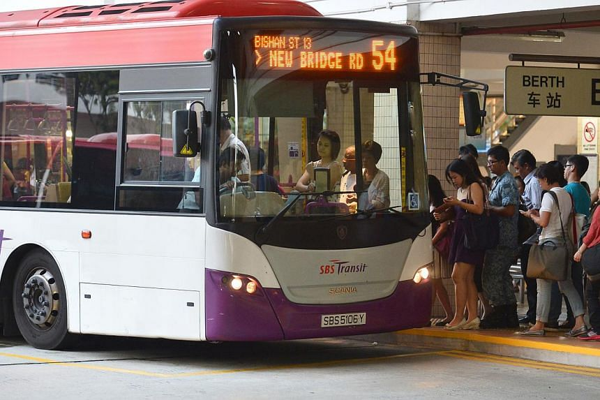 A new framework to ensure more punctual buses through rewards and fines is not likely to encourage unsafe driving behaviour among bus drivers, said Transport Minister Lui Tuck Yew in Parliament on Tuesday, Jan 21, 2014.-- ST FILE PHOTO: ASHLEIG
