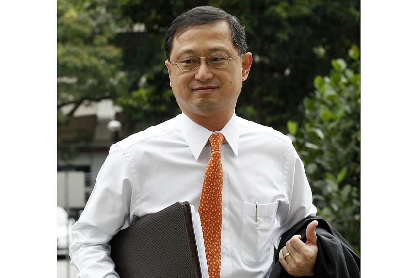 """Defence counsel Edwin Tong on Jan 22, 2014, alluded that the prosecution's method of questioning Baker Tilly managing partner Sim Guan Seng (pictured) amounted to a """"piecemeal"""" approach. -- ST PHOTO: WONG KWAI CHOW"""