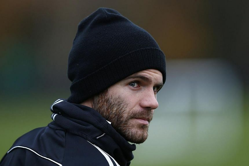 Manchester United on Friday confirmed they have agreed a club record deal to sign Spanish midfielder Mata from Chelsea. -- FILE PHOTO: REUTERS