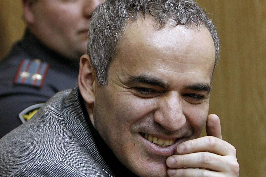 The contract between Mr Garry Kasparov (left) and Mr Ignatius Leong  hangs upon Mr Kasparov winning the Fide election in August.