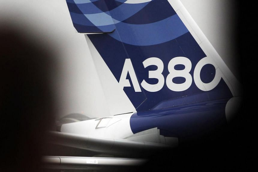An A380 Airbus arrives on the tarmac during the Airbus annual press conference in Colomiers, near Toulouse, Jan 13, 2014. -- FILE PHOTO:REUTERS