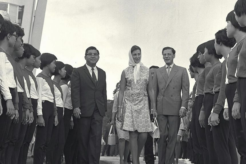 Arrival of Princess Alexandra, cousin ofQueen Elizabeth at the opening of SeletarReservoir on Aug 10, 1969. -- ST FILE PHOTO: HAN HAI FONG