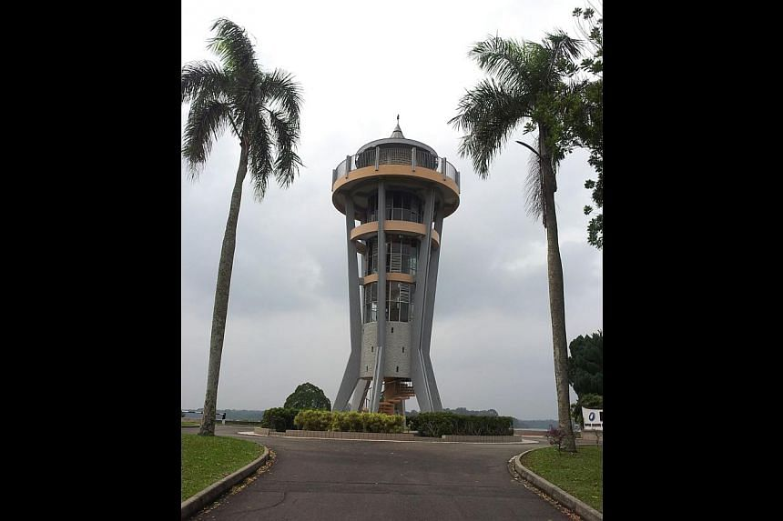 SELETAR LOOKOUT TOWER: This rocket-shaped tower overlooks lush nature reserves, the Singapore Zoo and the 1,093ha Upper Seletar Reservoir. The 18m structure - about six storeys high - was built by the Public Works Department in 1969 to mark the inaug