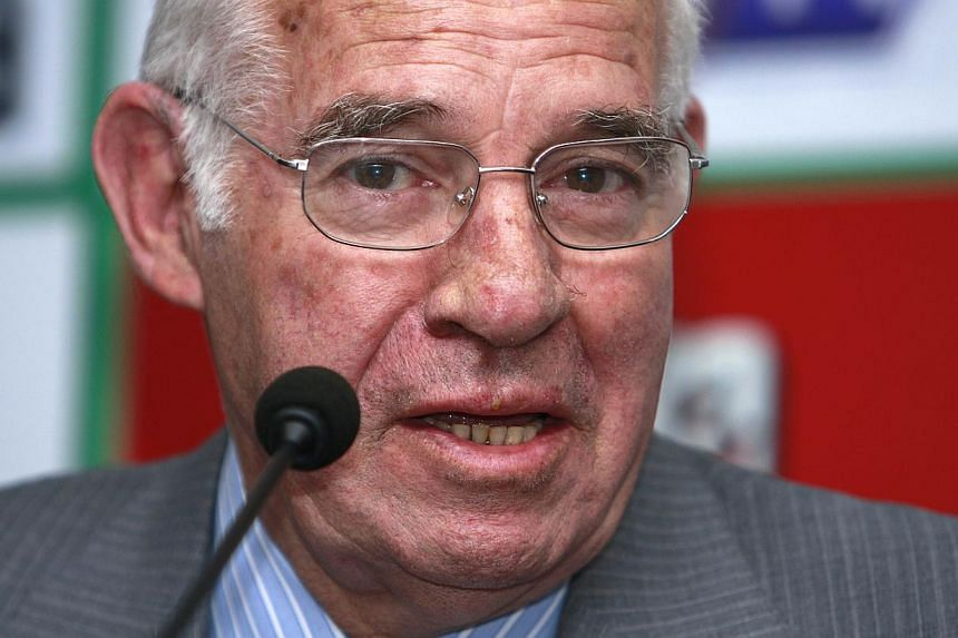 Luis Aragones, who managed Spain to glory at Euro 2008 and sparked the country's recent golden era in international football, died on Saturday, Feb 1, 2014, the country's football association said. -- FILE PHOTO: AFP