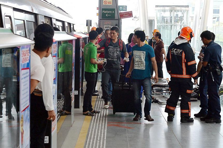 An old man in his 70s suffered lacerations after being involved in a MRT track accident.The elderly man who was conveyed to hospital after he was found near the MRT tracks between Tanah Merah and Expo stations on Saturday, Feb 1, 2014, was not