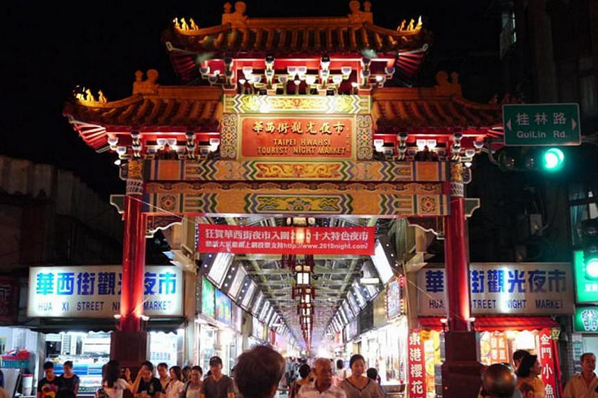 Taiwan said Saturday, Feb 1, 2014, a record 2.85 million Chinese nationals visited the island last year, up ten per cent from 2012 although group arrivals dropped slightly after Beijing enacted a tourism law. -- FILE PHOTO:TAIWAN TOURISM BUREAU