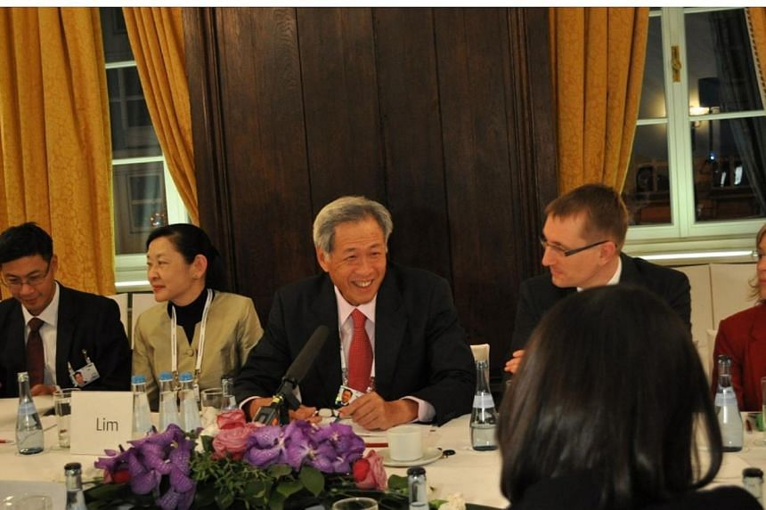 Minister for Defence Dr Ng Eng Hen speaking at the Munich Young Leaders Round Table on Security Policy.-- PHOTO: MINDEF