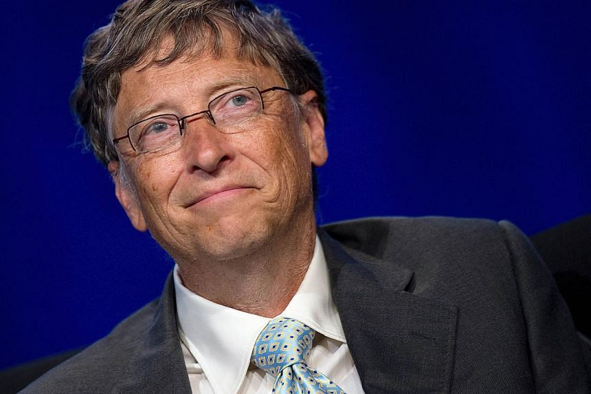 The world's wealthiest man Bill Gates would still pick up a $100 bill on the street, but he has no tips about how to get by on less thanUS$100,000 (S$127,056) a year. Those and other insights came as Gates fielded questions on Monday in an onli
