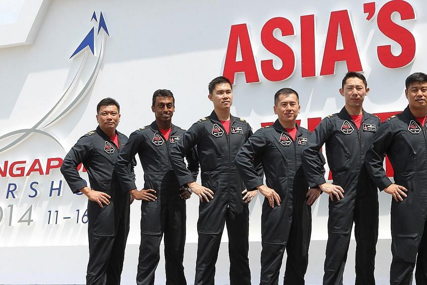 Aerobatics team members of the Black Knights from Singapore. -- ST PHOTO: NEO XIAOBIN