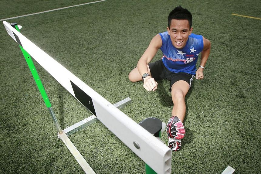 Singapore national hurdler Zaki Sapari died in a motorcycle accident on Friday, Feb 14, 2014, at the age of 22. -- ST FILE PHOTO: NEO XIAOBIN