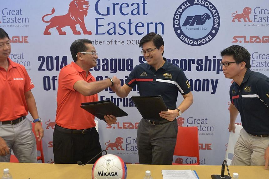 Great Eastern 2014 S League Sponsorship official signing ceremony on Feb 17, 2014. (From left) Mr Lim Chin, CEO of S.League, Mr Zainudin Nordin, President of FAS, Dr Khoo Kah Siang, CEO of Great Eastern and Mr Colin Chan, CMO of Great Eastern.&n