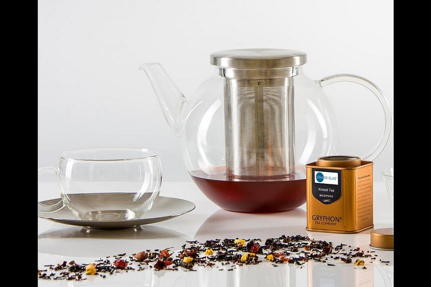 Ital Auto (above), the official Singapore Ferrari importer, recently tied up with Savills for a joint test drive and luxury property showcase. Meanwhile, high-end crystal glass retailer Zwiesel Kristallglas worked with Gryphon tea (below) to create a