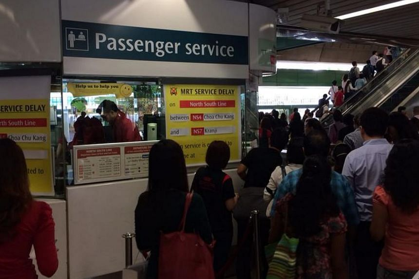 Track fault on the North-South Line on Monday morning. -- ST PHOTO: KOH BENG LIANG