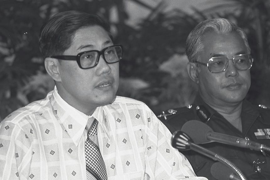 Former Minister of Home Affairs and Education, Mr Chua Sian Chin, speaking at the inaugural meeting of the National Road Safety Campaign Committee at the Conference Hall on April 23, 1977. -- ST FILE PHOTO: CHRISTOPHER LOH NJ