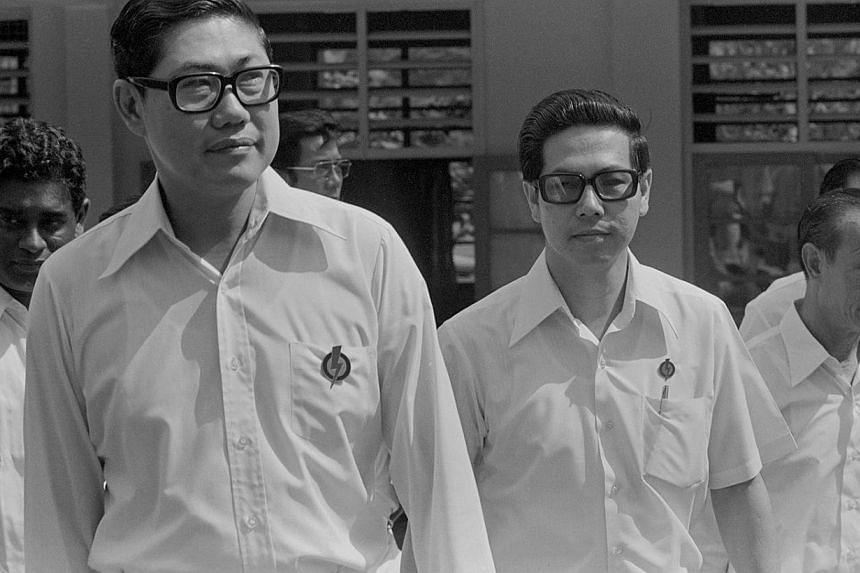 PAP candidates on Nomination Day, Dec 13, 1976. From left: Mr P Selvadurai (partly hidden) (Kuo Chuan), Mr Chua Sian Chin (Macpherson), Mr Ong Teng Cheong (Kim Keat) and Mr Ho See Beng (Khe Bong). -- ST FILE PHOTO: FRANCIS ONG