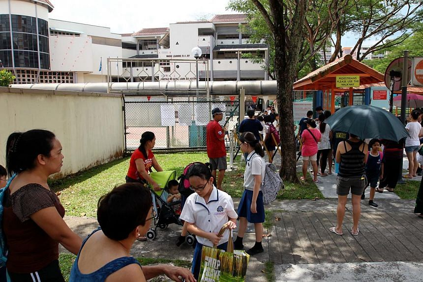 Hong Kah Primary will combine with Lianhua Primary, and will take on the latter's name and run out of Lianhua's current location. -- NP FILE PHOTO: GAVIN FOO