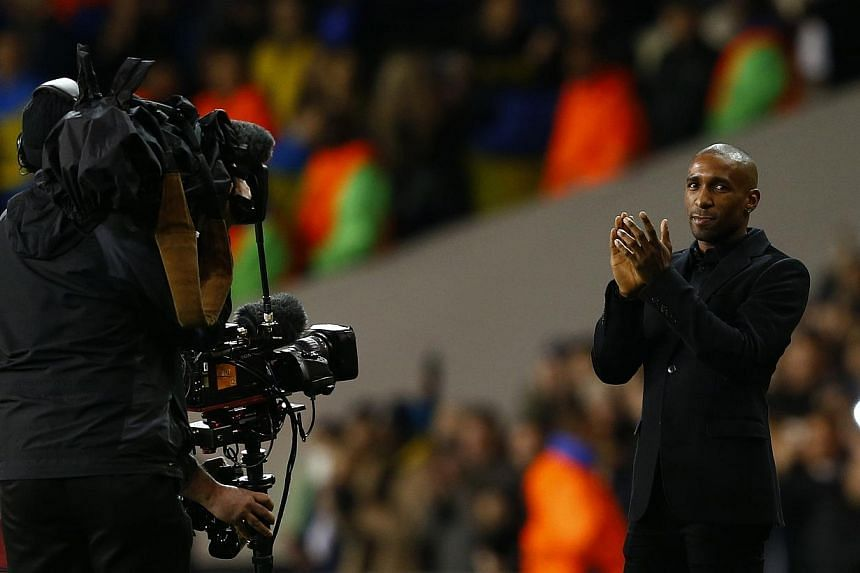 Tottenham Hotspur's Jermain Defoe applauds the crowd during their Europa League soccer match against Dnipro at White Hart Lane in London, on Feb 27, 2014. Defoe is leaving Tottenham at the end of February after signing a deal with Canadian side Toron