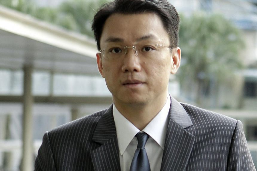 Former National University of Singapore law professor Tey Tsun Hang arriving at court on Jan 15, 2013. -- ST FILE PHOTO: WONG KWAI CHOW